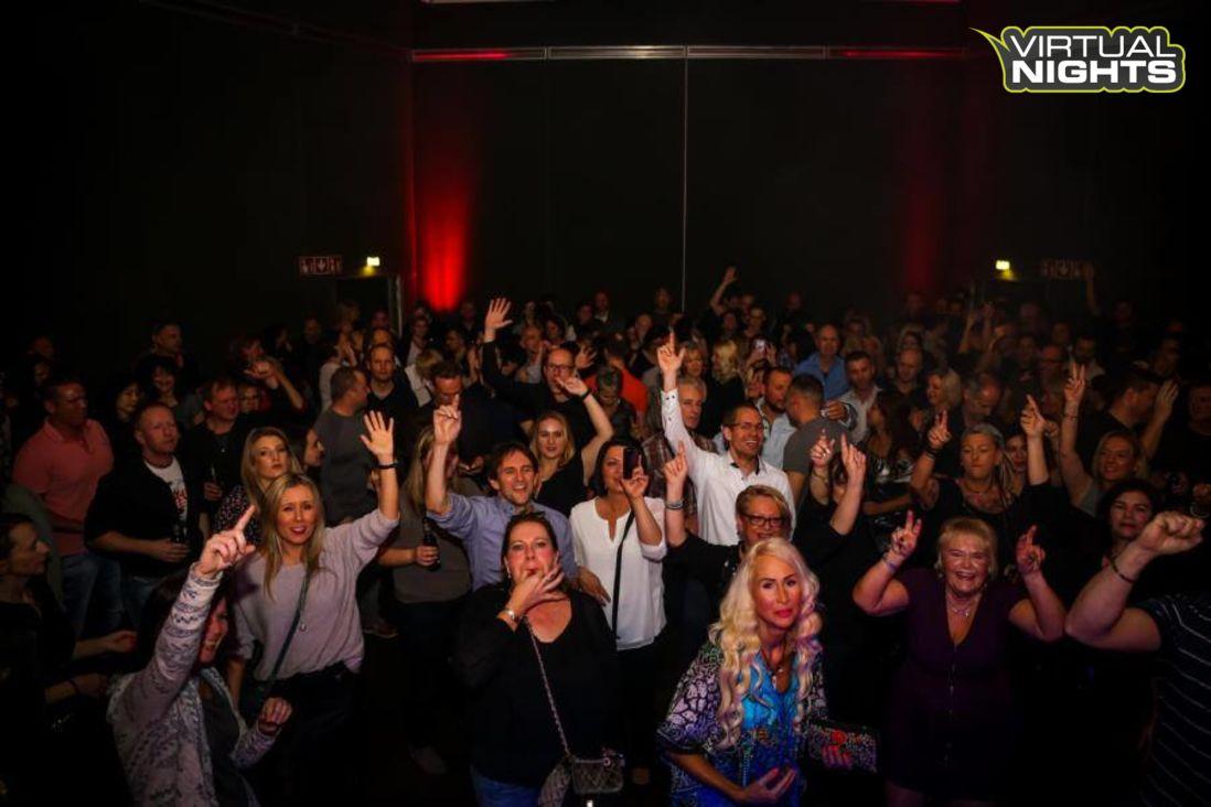 Forum Leverkusen 02.12.17 - Lucky´s ü30 Party - Bild 1251353