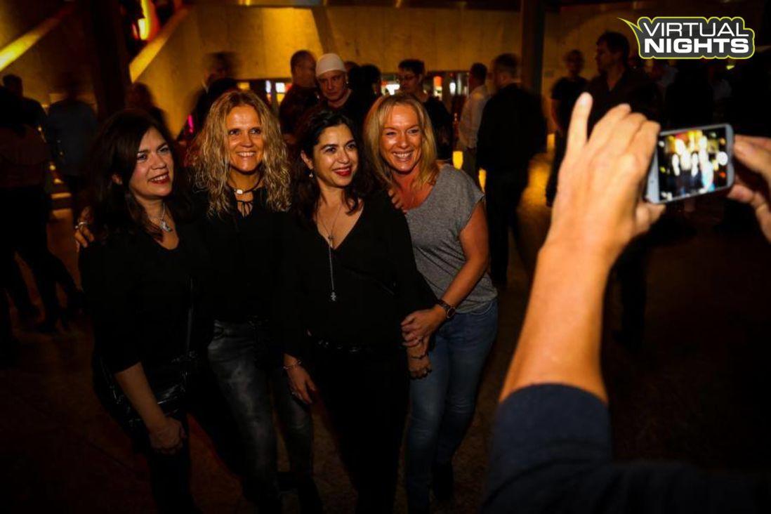 Forum Leverkusen 02.12.17 - Lucky´s ü30 Party - Bild 1251381
