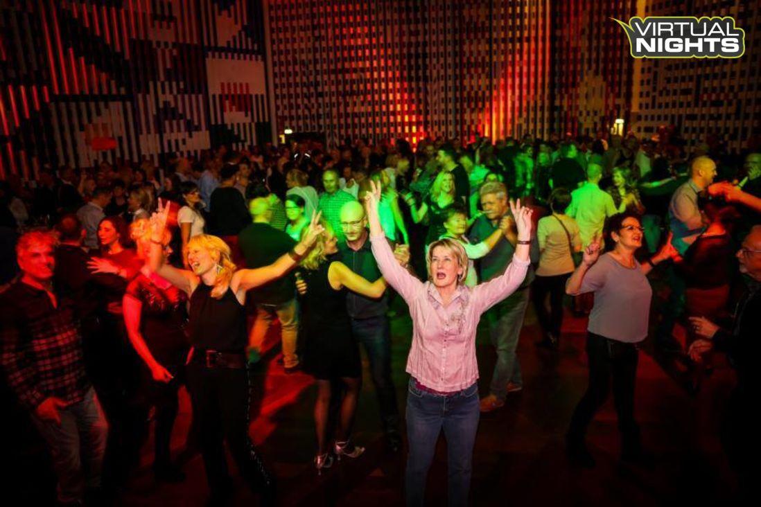Forum Leverkusen 02.12.17 - Lucky´s ü30 Party - Bild 1251386
