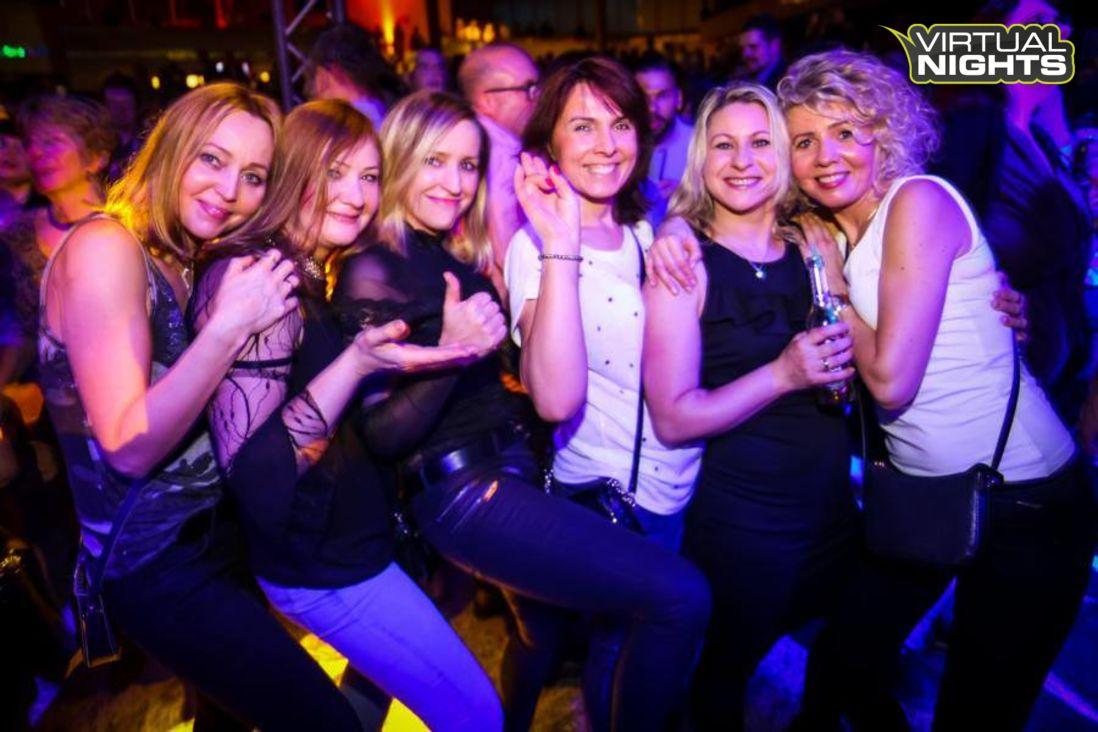 Forum Leverkusen 02.12.17 - Lucky´s ü30 Party - Bild 1251495